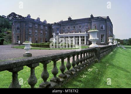Bantry House, Irish stately home, Bantry Bay, West Cork ...