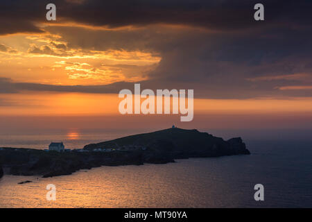 Newquay, Cornwall, UK. 28th May, 2018. UK Weather. A glorious sunset over Towan Headland to end a day of wonderful summer weather for Newquay, Cornwall. Gordon Scammell/Alamy Live News - Stock Photo