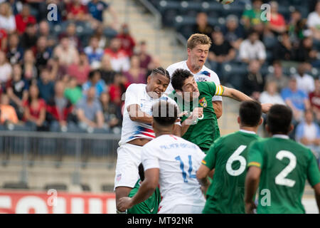 Chester, Pennsylvania, USA. 28th May, 2018. USA and Bolivia in action during the match between Bolivia and the USA at Talen Energy Stadium in Chester Pennsylvania Credit: Ricky Fitchett/ZUMA Wire/Alamy Live News - Stock Photo