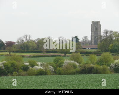 Landscape view of a rural church in Suffolk, England, between Bury St Edmunds and Lavenham - Stock Photo