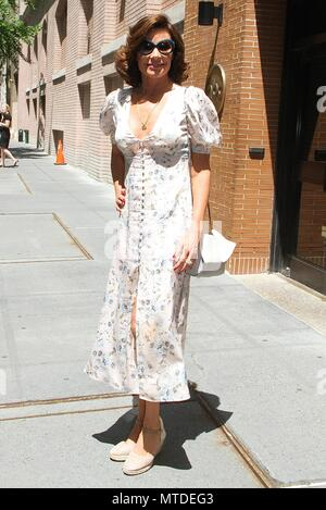 New York, NY, USA. 29th May, 2018. 'Real Housewives of New York City' star Luann de Lesseps spotted leaving 'The View' in New York, New York on May 29 2018. Credit: Rainmaker Photo/Media Punch/Alamy Live News - Stock Photo