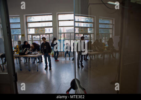 Rome. 'Machiavelli' high school occupied by students who protest against government cuts on education. Italy. - Stock Photo