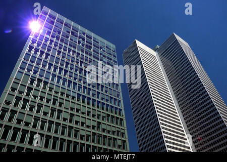 Montreal,Canada,29 May,2018.Office towers gleeming in the sun. Credit:Mario Beauregard/Alamy Live News - Stock Photo