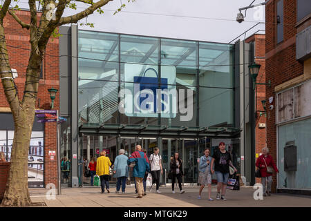 Entrance to Warrington's Golden Square shopping precinct from the old fishmarket in the town centre, Cheshire, England, UK - Stock Photo