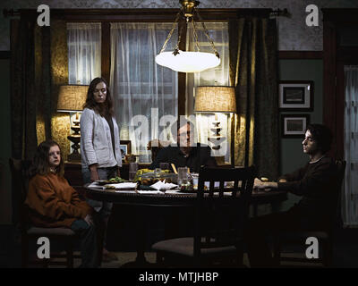 HEREDITARY (2018)  MILLY SHAPIRO  TONI COLLETTE  GABRIEL BYRNE  ALEX WOLFF  ARI ASTER (DIR)  A24/MOVIESTORE COLLECTION LTD - Stock Photo