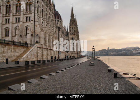 Budapest Hungary, 7th February 2018. The Rear of the Hungarian Parliament Bulding at the Edge of River Danube - Stock Photo