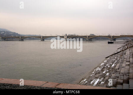 Budapest Hungary, 7th February 2018. view looking up the Danube towards Margaret Bridge - Stock Photo
