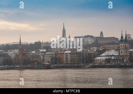 Budapest Hungary, 7th February 2018. Looking over the Danube River towards the Fishermen's Bastion in Buda - Stock Photo