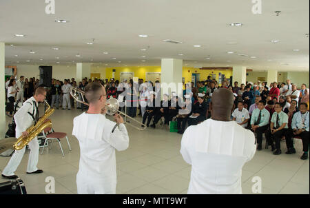 KOTA KINABALU, MALAYSIA (May 22, 2018) Members of the U.S. 7th Fleet Band perform at Queen Elizabeth Hosptial in Kota Kinabalu, Malaysia. The band is supporting a U.S. 7th Fleet theater security cooperation mission and will be traveling to several Indo-Pacific countries in the coming weeks. (U.S. Navy photo by Mass Communication Specialist 2nd Class Chase Hawley/Released) - Stock Photo