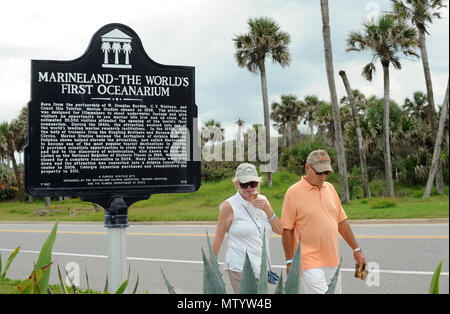 Marineland, USA. May 31, 2018 - Marineland, Florida, United States - People visit Marineland Dolphin Adventure on the attraction's 80th anniversary in Marineland, Florida on May 31, 2018. The park, the world's first oceanarium, opened in 1938 as Marine Studios, allowing filmmakers to shoot underwater footage and visitors to see marine life live and up close. Credit: Paul Hennessy/Alamy Live News - Stock Photo