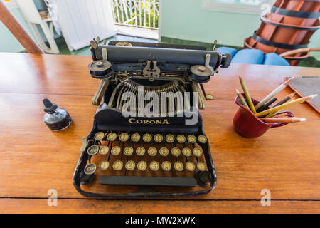 Hemingway's typewriter at Finca Vigía, in San Francisco de Paula Ward in Havana, Cuba - Stock Photo
