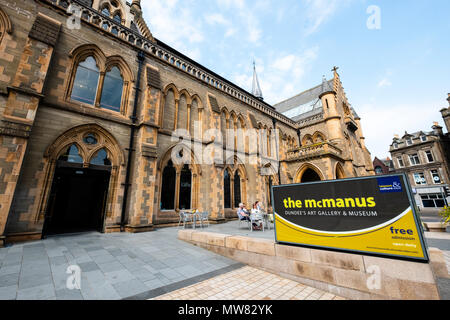 View of the McManus art gallery and museum in Dundee, Tayside, Scotland, UK - Stock Photo