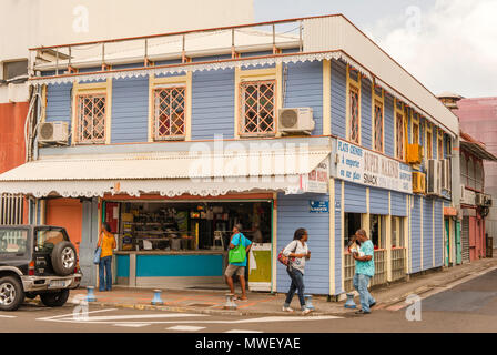 Corner store in the town centre of Fort-de-France, capital of Martinique - Stock Photo