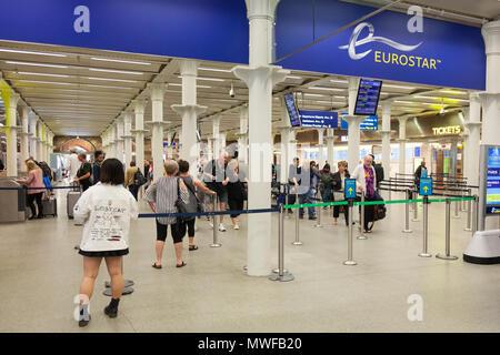 Entrance to the Eurostar, St Pancras international Eurostar Station, Euston Road, Kings Cross, London, UK - Stock Photo