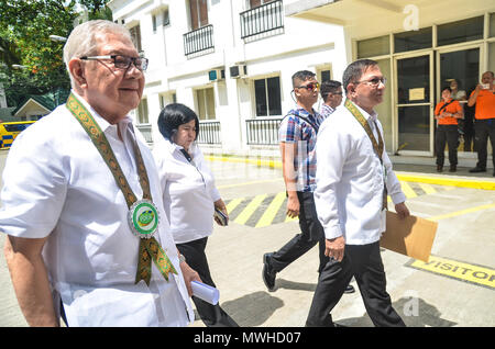 Quezon City, Philippines. 31st May, 2018. Congressman Feliciano 'Sonny' Belmonte, Jr., Representative, 4th District Quezon City who was the guest of honor and speaker and PDEA Director General Aaron N. Aquino during the inauguration. Credit: Robert Oswald Alfiler/Pacific Press/Alamy Live News - Stock Photo