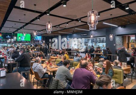 Bars and cafes in the Mercade de la Ribera, Casco Viejo, Bilbao, Basque Country, Spain - Stock Photo