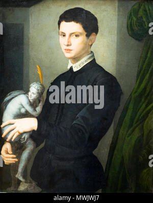 Portrait of a man holding a statuette by Agnolo di Cosimo di Mariano Tori known as Bronzino (1503-1572) - Stock Photo