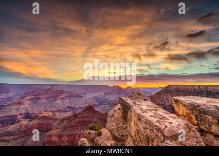 Grand Canyon, Arizona, USA at dawn from the south rim. - Stock Photo