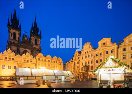 Christmas market in Old Town Square and Church of Our Lady Before Tyn, Old Town, UNESCO World Heritage Site, Prague, Czech Republic, Europe - Stock Photo