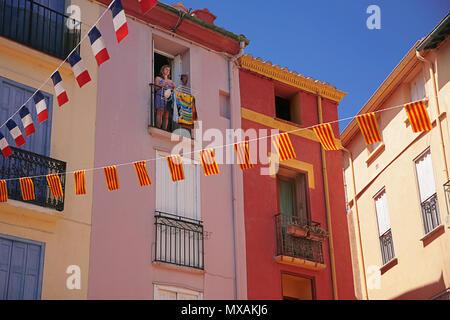 Colourful houses on Place de la République, Mouré, Collioure, Pyrénées-Orientales, Occitanie, France - Stock Photo