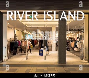 3653704e13 dh River Island store SHOPS UK Aberdeen Shop Union Square clothing front  shops clothes - Stock