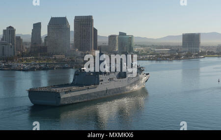 161118-N-MZ078-397  SAN DIEGO (Nov. 18, 2016)  San Antonio-class amphibious transport dock ship USS John P. Murtha (LPD 26) arrives to its new homeport Naval Base San Diego Nov. 18. (U.S. Navy photo by Seaman Lucas T. Hans/Released) - Stock Photo