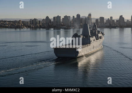 161118-N-MZ078-254  SAN DIEGO (Nov. 18, 2016)  San Antonio-class amphibious transport dock ship USS John P. Murtha (LPD 26) arrives to its new homeport Naval Base San Diego Nov. 18. (U.S. Navy photo by Seaman Lucas T. Hans/Released) - Stock Photo