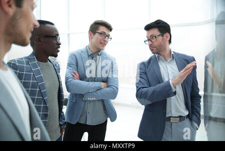 business team discussing the problems Stock Photo: 170675751 - Alamy