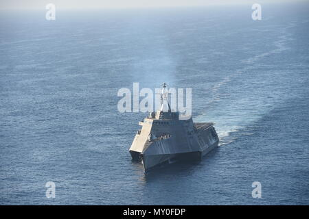 PACIFIC OCEAN (December 8, 2016) The littoral combat ship USS Independence (LCS 2) steams off the coast of San Diego. - Stock Photo