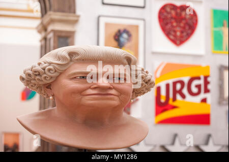 London, UK.  5 June 2018. 'The Queen' by John Humphreys at the preview of the 250th Summer Exhibition at the Royal Academy of Arts in Piccadilly, which has been co-ordinated by Grayson Perry RA this year.  Running concurrently, is The Great Spectacle, featuring highlights from the past 250 years.  Both shows run 12 June to 19 August 2018. Credit: Stephen Chung / Alamy Live News - Stock Photo