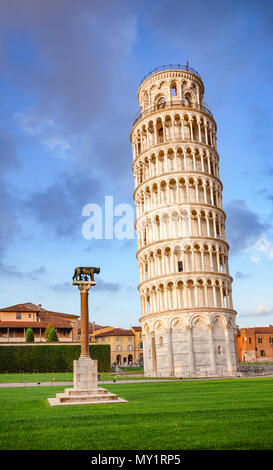 Medieval Leaning Tower of Pisa (Torre di Pisa) at Piazza dei Miracoli (Piazza del Duomo), famous UNESCO World Heritage Site and top tourist attraction Stock Photo
