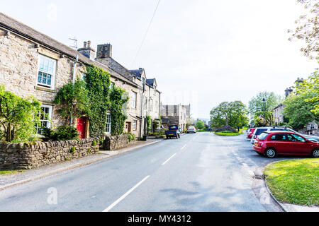 Carperby Village Yorkshire, Carperby Yorkshire, Carperby, North Yorkshire, Yorkshire village, Yorkshire villages, Carperby UK, Yorkshire roads, homes - Stock Photo