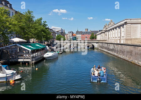 Goboat electric picnic boats in Frederikholm Canal towards the historic Marble Bridge, Marmorbroen, entrance to the Riding Ground at Christiansborg - Stock Photo