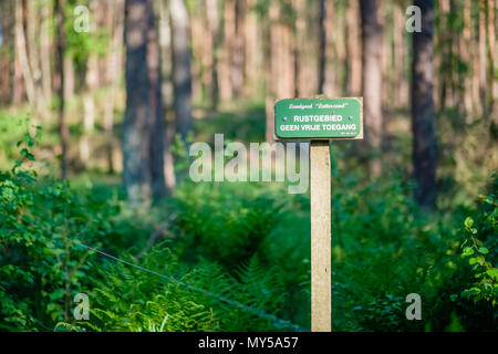This sign is indicating a resting area is near. Because of that, there is no free access. The sign is located at 't Lutterzand, a forest area. - Stock Photo