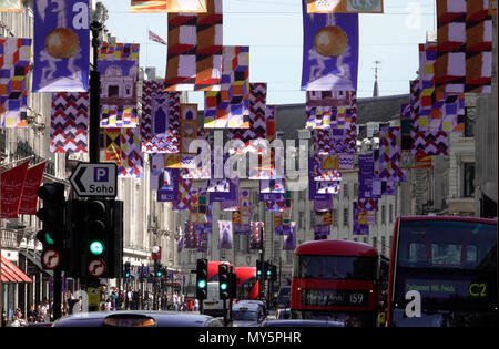 Regent Street, London, W!., UK   6th June, 2018  The Royal Academy celebrates its 250th year of exhibiting great and historic art with a colourful display over London's famous Regent Street. Credit: Motofoto/Alamy Live News - Stock Photo
