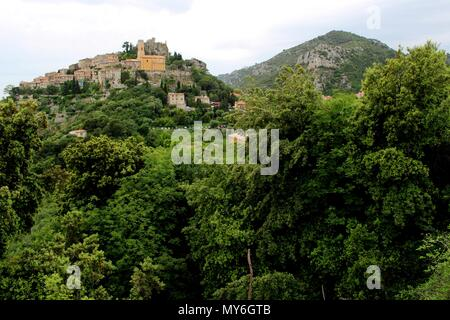 Èze is a commune in the Alpes-Maritimes department in southeastern France, not far from the city of Nice. - Stock Photo