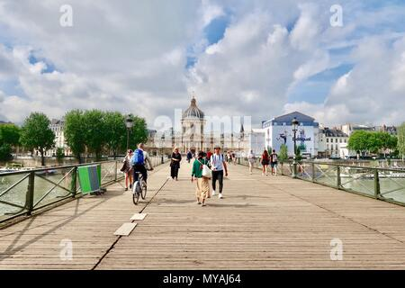 Paris, France. Hot bright sunny spring day, May 2018. Pont des arts and Academie des Beaux Arts, Institute de France. - Stock Photo