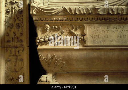 Cenotaph in a chapel off the south aisle, detail, Santa Maria sopra Minerva (tomb), by Andrea Bregno, Rome, Italy - Stock Photo