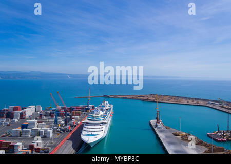 Napier, New Zealand. Cruise ship docked at port - Stock Photo