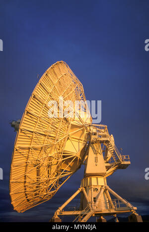 1992 HISTORICAL RADIO TELESCOPE SATELLITE DISHES SAN AUGUSTINE PLAIN NEW MEXICO USA - Stock Photo