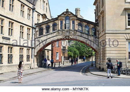 The Hertford Bridge, or The Bridge of Sighs on New College Lane in Oxford. Oxford - Stock Photo