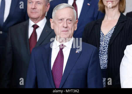 Brussels, Belgium. 7th June, 2018. U.S. Defense Secretary Jim Mattis is seen at family photo session during a NATO defense ministers meeting at its headquarters in Brussels, Belgium, June 7, 2018. Credit: Ye Pingfan/Xinhua/Alamy Live News - Stock Photo