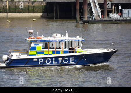 London,UK,8th June 2018,A police boat patrols the River Thames in Central London, the weather forecast is to remain settled and warm for the rest of the weekend.Credit Keith Larby/Alamy Live News - Stock Photo