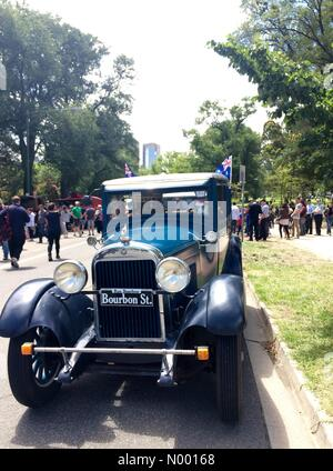 Vintage cars on display in Kings Domain, St Kilda Rd, as part of the RACV Federation Vehicle display as part of - Stock Photo