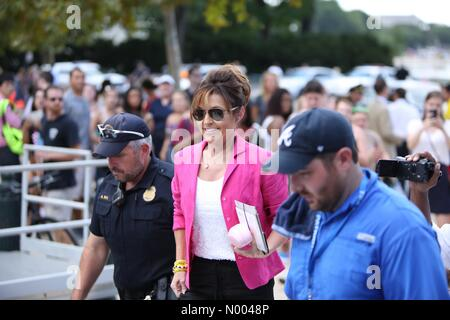 Washington, DC, USA. 09th Sep, 2015. Sarah Palin arrives at the west lawn of the Capitol to speak at the rally against - Stock Photo