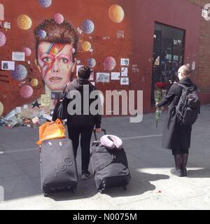 Brixton, London, UK. 17th May, 2016. David Bowie memorial wall Brixton Credit:  Gursen / StockimoNews/Alamy Live - Stock Photo