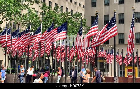 New York, USA. 27th May, 2016. Memorial day celebration at Rockefeller Center, New York City Credit:  Yvonne M. Conde / StockimoNews/Alamy Live News