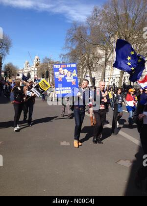 London, UK. 25th March 2017. Unite for Europe March, London - 25 March 2017 Credit: Aztec Images / StockimoNews/Alamy - Stock Photo