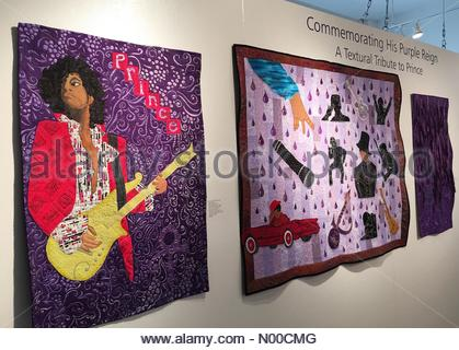 St. Paul, Minnesota, USA. 13th Apr, 2017. A quilt show commemorating Prince and the one-year anniversary of his - Stock Photo