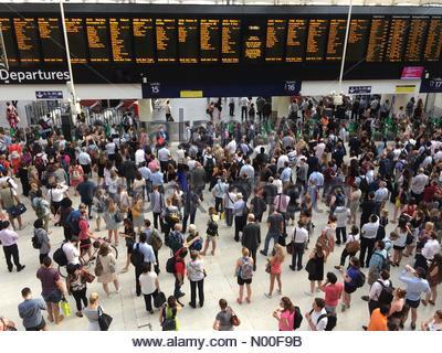 London, UK. 20th June 2017. Delayed trains at Waterloo Station. - Stock Photo